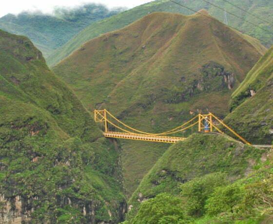 Puente colgante Rio Juanambu