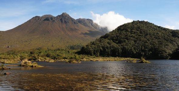Laguna del Silencio - Volcan Doña Juana, Narino Colombia; Fotografía tomada de internet.