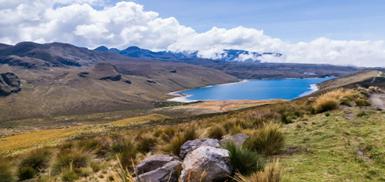 Laguna de Otún Risaralda, Colombia; Fotografía tomada de internet.
