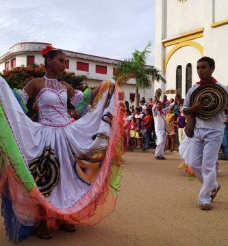Trajes tipicos de la region caribe